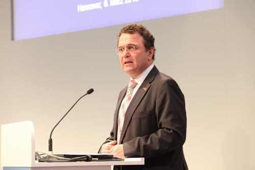 Bundesinnenminister Hans-Peter Friedrich (CSU) macht den Tschechen Druck - CC-Lizenz Photo by BITKOM