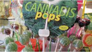 Machen nicht high - Cannabis Lollys - Photo CC-License by Shira Golding Evergreen